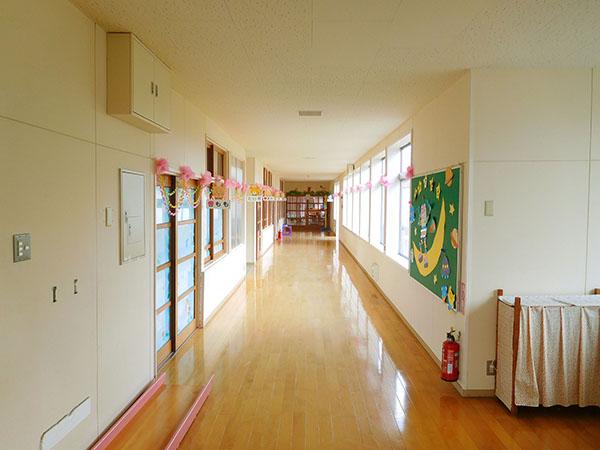 中野幼稚園の閉園に伴い作品を書きました